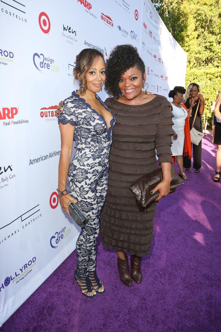 Essence Atkins and Yvette Nicole Brown