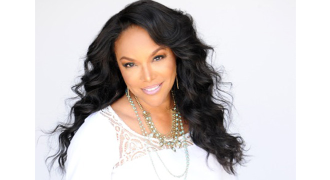 LynnWhitfield Courtesy