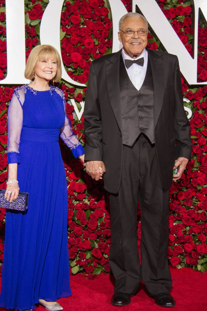 06/12/2016 - James Earl Jones, Cecilia Hart - 70th Annual Tony Awards - Arrivals - The Beacon Theatre - New York City, NY, USA - Keywords: Vertical, The Antoinette Perry Award for Excellence in Theatre, achievement in live Broadway theatre, theater, Red Carpet Arrival, Award, Awards Ceremony, Portrait, Photography, Fashion, Arts Culture and Entertainment, Person, People, Celebrity, Celebrities, NYC Orientation: Portrait Face Count: 1 - False - Photo Credit: Lisa Holte / PRPhotos.com - Contact (1-866-551-7827) - Portrait Face Count: 1