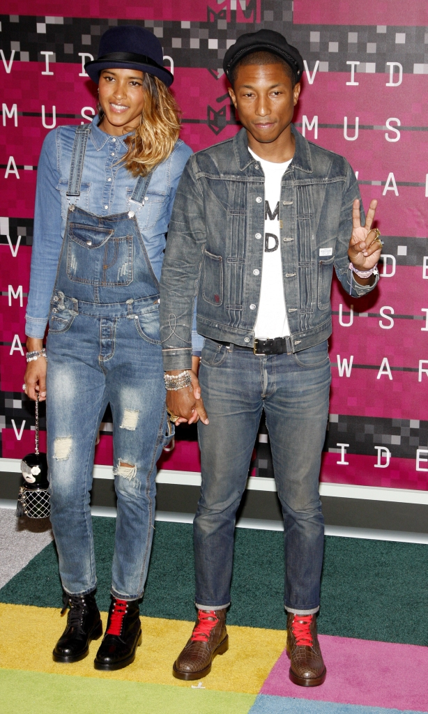 08/30/2015 - Pharrell Williams and Helen Lasichanh - 2015 MTV Video Music Awards - Arrivals - Microsoft Theater - Los Angeles, CA, USA - Keywords:  Orientation: Portrait Face Count: 1 - False - Photo Credit: David Gabber / PRPhotos.com - Contact (1-866-551-7827) - Portrait Face Count: 1
