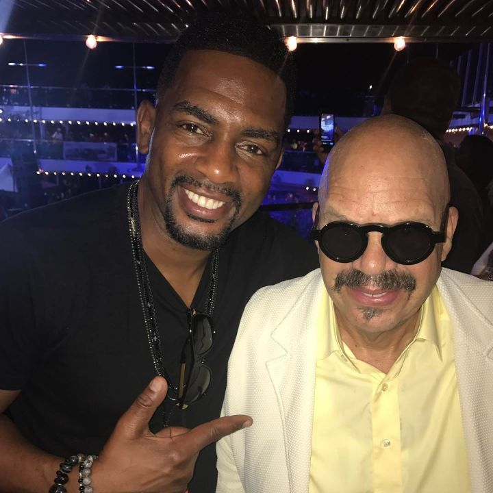 Bill Bellamy and Tom Joyner pose it up for the 'Gram.