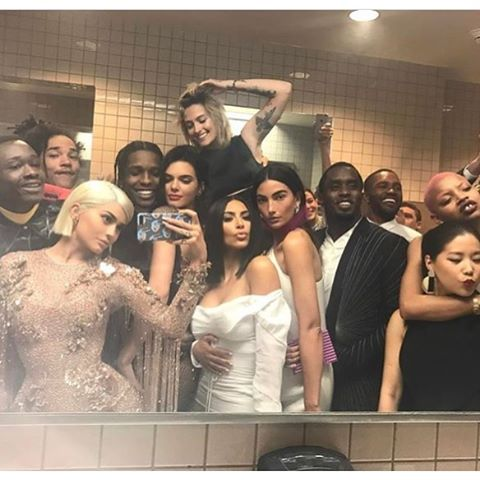 Can you ID everyone in this bathroom selfie?