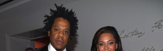 Backlash! Beyoncé and Jay-Z Catching Heat for Posing with Basquiat Painting